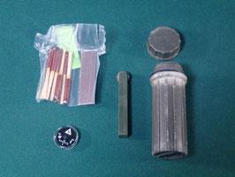 売切れ 防水マッチケース&方位磁石セット
