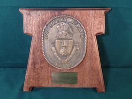 売切れ USS RODNEY M.DAVIS 木製プラーク