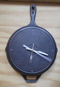 LODGE  フライパン 掛け時計
