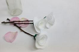 Filzblumen-Strauß/feltflowers bouquet A ( White Roses)
