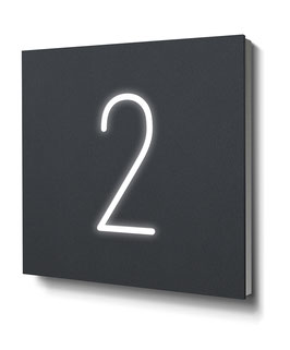 "Hausnummer ""2"" RAL7016 anthrazit beleuchtet"