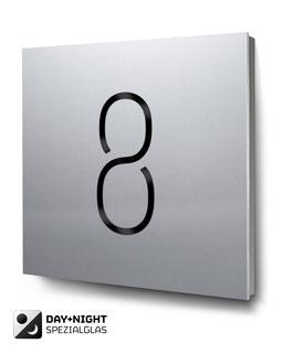 "Hausnummer ""8"" beleuchtet in Aluminium, Art. HN185L0010-8"