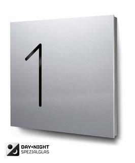 """Hausnummern """"1…"""" beleuchtet in Aluminium"""