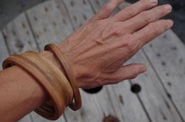 Bracelet jonc en bois (noyer)