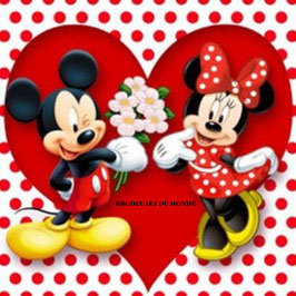MINNIE ET MICKEY COEUR N°629
