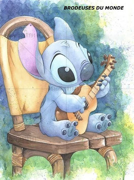 STITCH ET SA GUITARE N°392