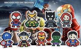 9 PERSONNAGES AVENGER T002