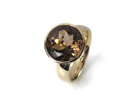 Ring in Gelbgold 585/000 mit Rauchquarz