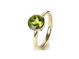 Ring in Gelbgold 585/000 mit Peridot