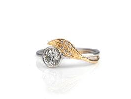 Ring in Weiß- und Roségold 585/000 mit Brillanten