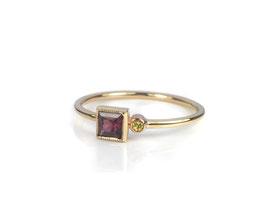 Ring in Roségold 585/000 mit Rhodolith und Diamant