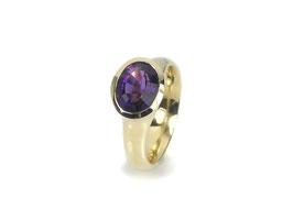 Ring in Gelbgold 585/000 mit Amethyst