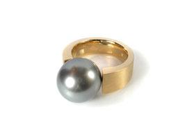 Ring in Gelbgold 750/000 mit Tahiti-Zuchtperle