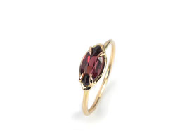 Ring in Roségold 585/000 mit Rhodolith