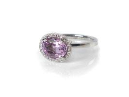 Ring in Weißgold 585/000 mit Saphir in Pink und Brillanten