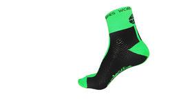 Calcetines media caña técnico-compresivos verde flúor