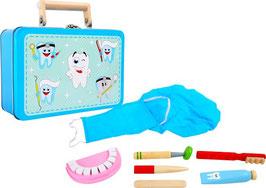 Zahnarztpraxis im Koffer