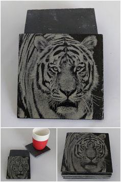 Set van vier onderzetters van leisteen-tijger
