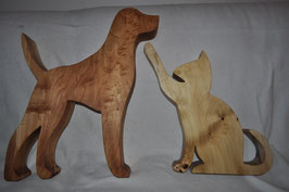Hund und Katze stehend