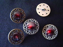 Metallknopf mit Öse, 23 mm, Farbe: 50 altgold-rot