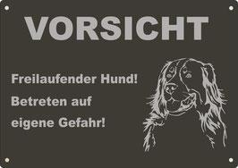 """Warnschild schwarz eloxiertes Aluminium """"Vorsicht Freilaufender..."""" Bernersennenhund"""