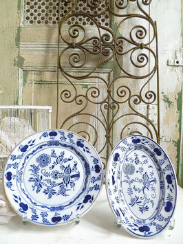 2erSET antike Platte + Teller Keramik / Zwiebelmuster