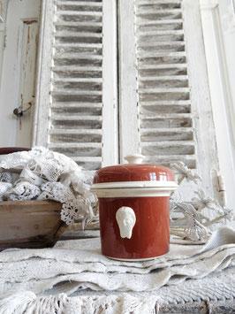 antike Pasteten Dose aus Frankreich Teufelsköpfe braun