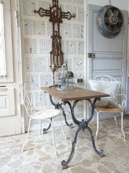 antiker franz Gartentisch