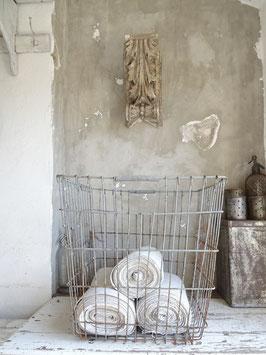 RIESEN Korb sehr alt - alter betongrauer Lack