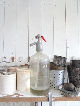 sehr alte Sodaflasche farblos V