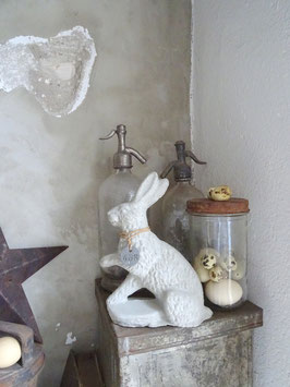 Grosser Hase aus Beton I