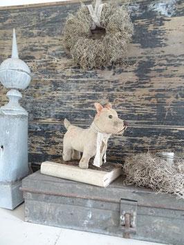 antiker Leinenhund mit Schuhknopfaugen