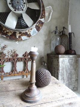antiker Kerzenleuchter aus Frankreich - grandiose Patina