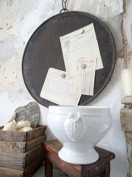 antike Terrine aus Frankreich - weißes dickes Porzellan