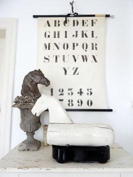 VERKAUFT Wai 23.04.   antikes Schaukelpferd - alter weißer Lack