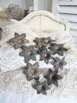 antike franz. Altarleuchter-Blüte