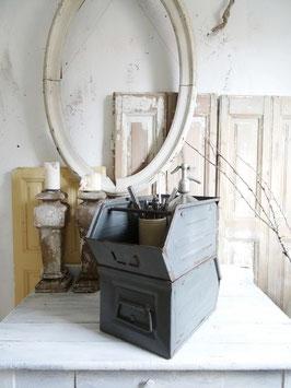 40cm alte Lagerbox BETONGRAU - schöne Patina
