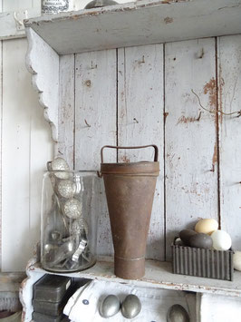 GROSSE antike Eisbomben- / Parfait-Form