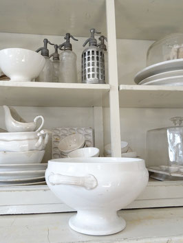 uralte Terrine aus Belgien NIMY - weiße Keramik