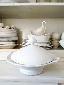 VERKAUFT Kaa 26.05. antike Pokalschüssel PETRUS REGOUT weiße Keramik