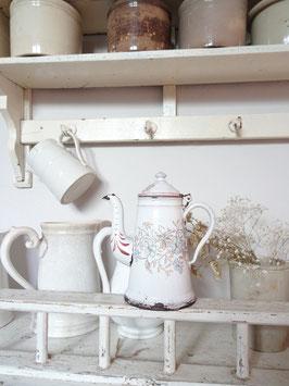antike kleine Kaffeekanne