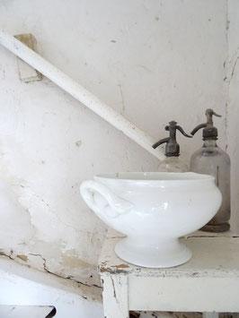 uralte Terrine PETRUS REGOUT MAASTRICHT - weiße Keramik