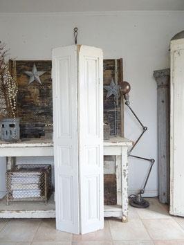 166cm uralter Fensterladen - weiss - schöne Patina