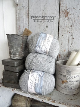 100% BABY ALPACA / LIGHT GREY / HELLGRAU von JEANNE D'ARC LIVING