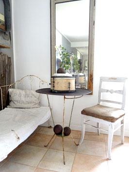 VERKAUFT Lad 28.08. Waschständer / Gartentisch mit Metallplatte
