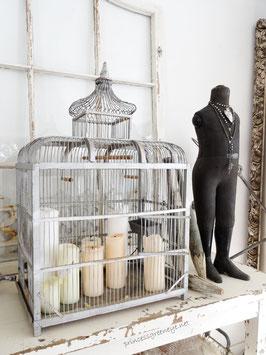 VERKAUFT Tho 21.05.  antike Vogelvilla Voilliere