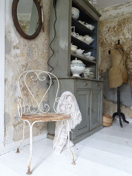 antiker Eisenstuhl Gartenstuhl aus Frankreich