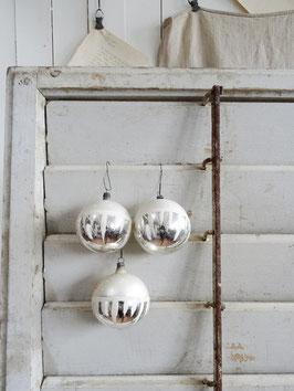 3erSET sehr alte Christbaumkugeln matt silber / weiss