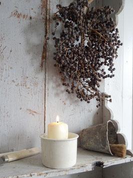 antiker Vorratstopf cremeweiße Keramik