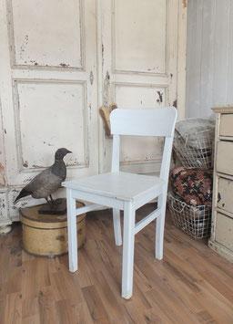 uralter weisser Küchenstuhl weiß  shabbychic